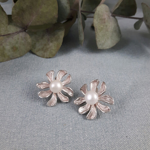 Marguerite Pearl Studs