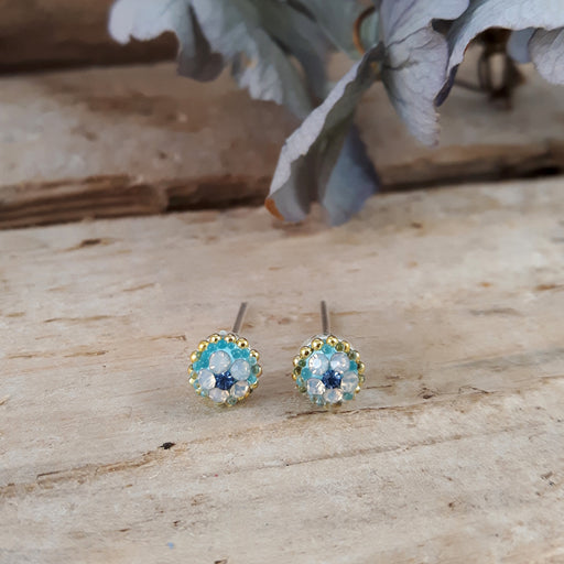 Allegra Tiny Daisy Dream Stud Earrings