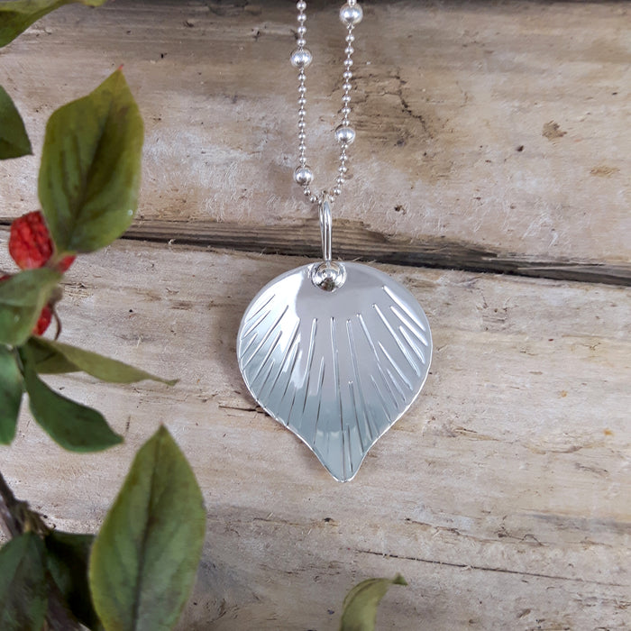Ray Leaf Polished Silver Pendant