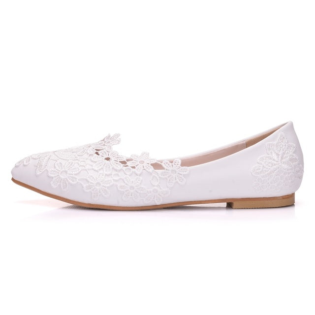 8c90138da65 Crystal Queen Ballet Flats White Lace Wedding Shoes Flat Heel Casual Shoes  Pointed T... - white   40