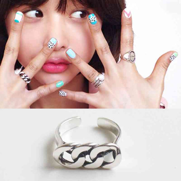 Silver Rings for women UK London