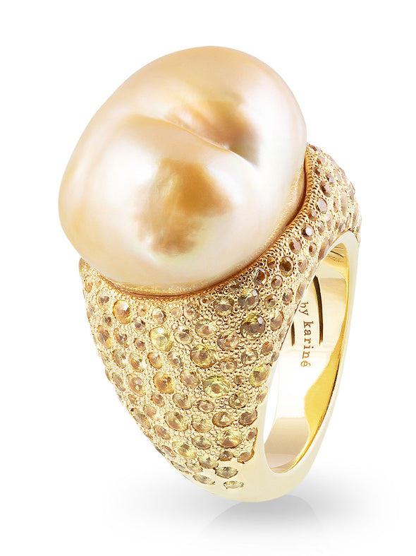Golden Baroque South Sea Pearl Cocktail Ring with Sapphires in Yellow Gold