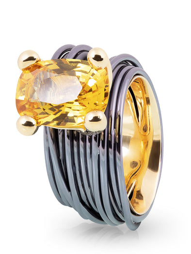 The Wire Ring with Yellow Sapphire