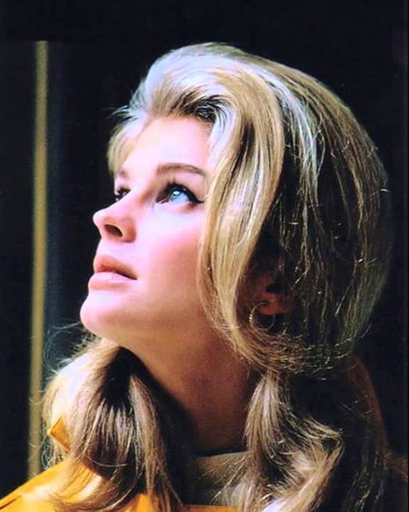 Candice Bergen - Muse of Carnal Flower by Frederic Malle - Les Senteurs