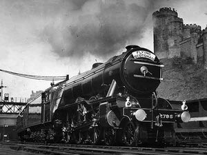 Record-breaker (Print 1932 FLYING SCOTSMAN)