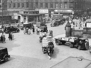 Square deal (Print 1951 St Enoch Square)