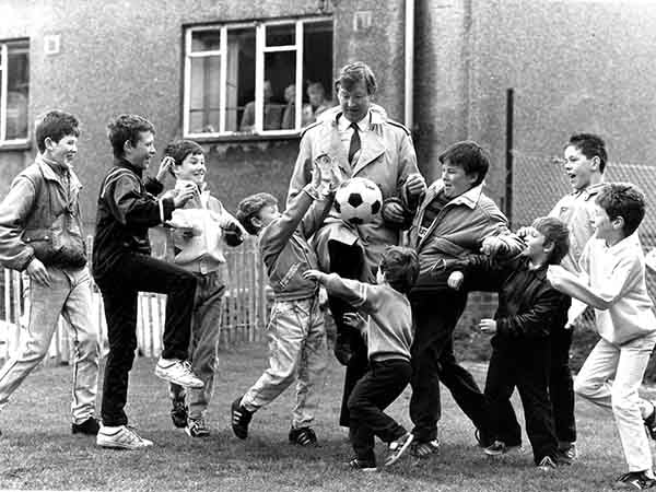 Fergie on the ball (Print 1988 FERGIE AND CORKERHILL KICKABOUT)