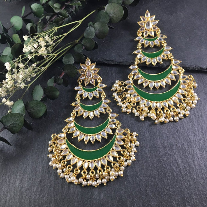 OP30E EMERALD ENAMEL FOUR TIER BALI EARRINGS