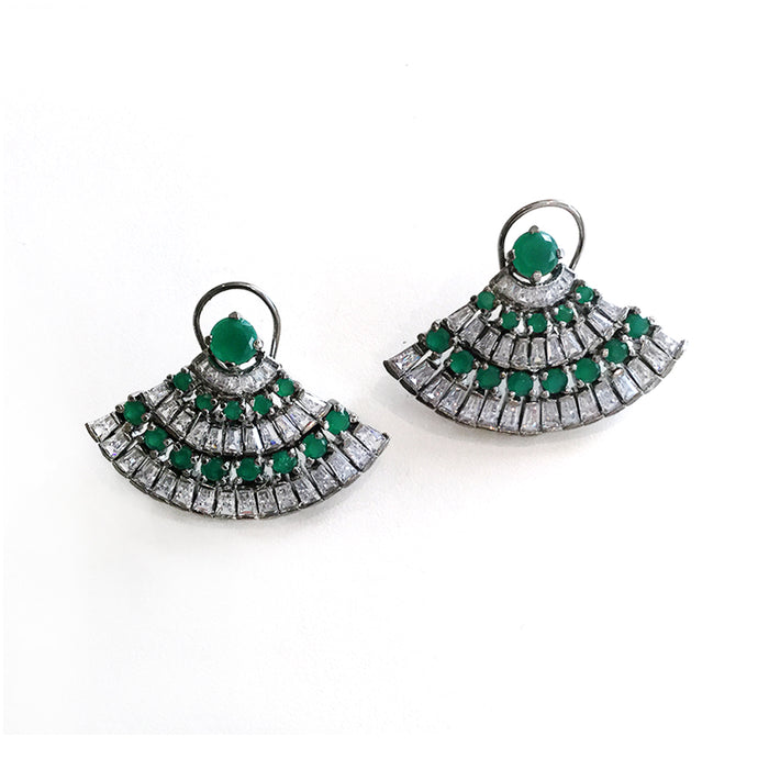 PP1563E GREEN AND WHITE CRYSTAL FAN-SHAPED STUD EARRINGS