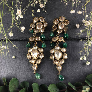 RMDE716 VINTAGE GREEN AND ANTIQUE GOLD EARRINGS