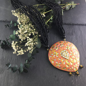 SG1120 CORAL MEENA PENDANT NECKLACE