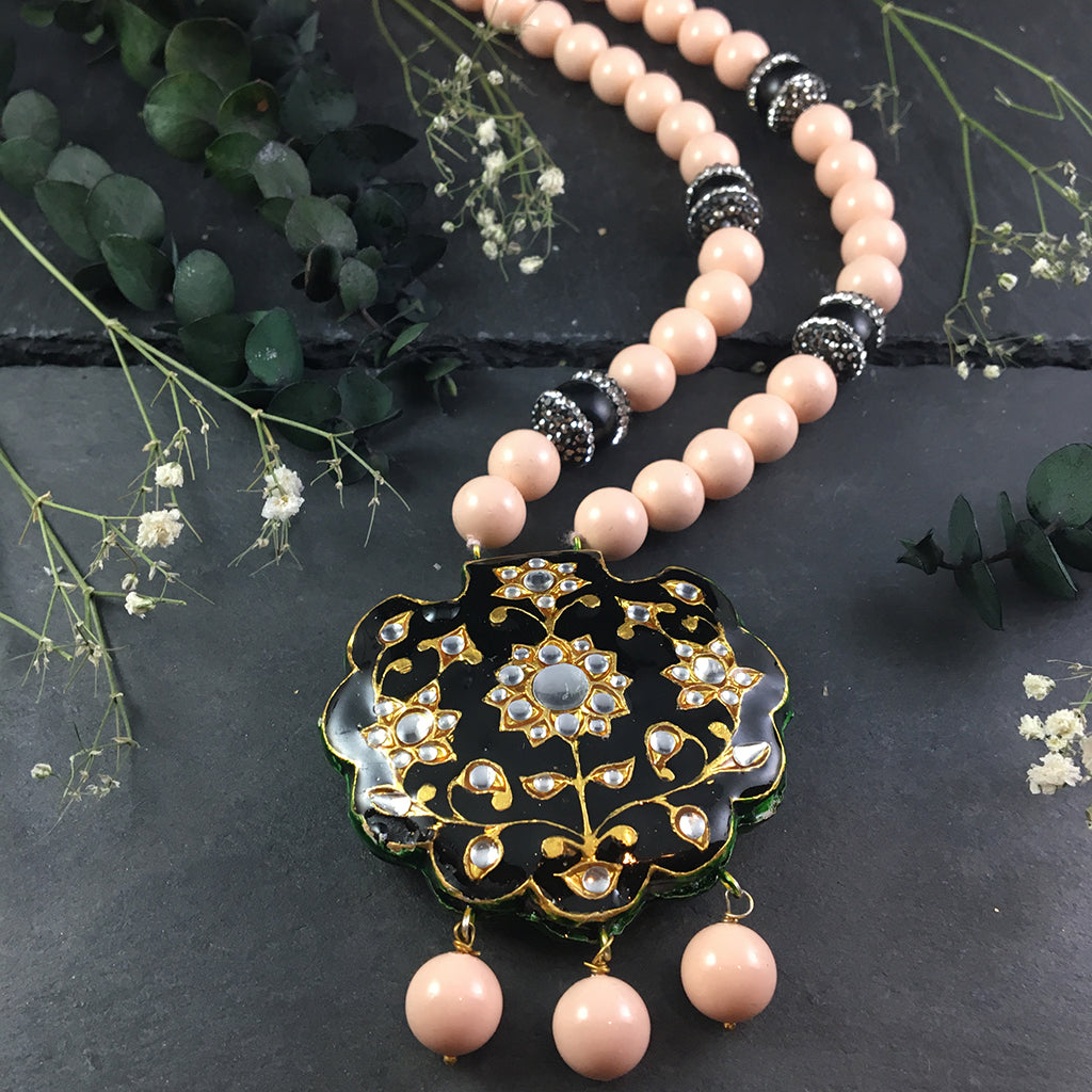 SG1318 Traditional Peach and Black Meena Necklace