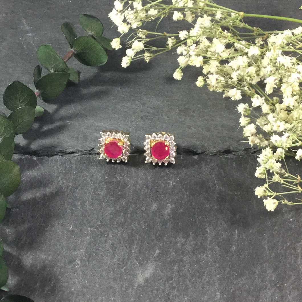 RS139BE EARRING SQUARE STONE STUDS