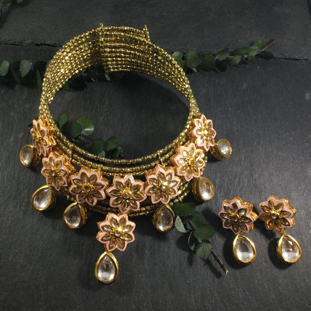 SG2735 WIRE CHOKER GOLD PINK MEENA AND KUNDAN WITH EARRINGS