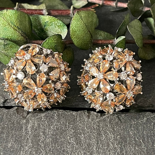 OP387 EARRING BALL STUDS CHAMPAGNE