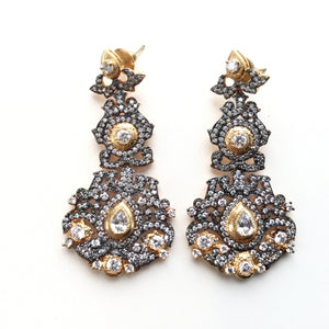 TD581E ANTIQUE GOLD AND SILVER EARRINGS