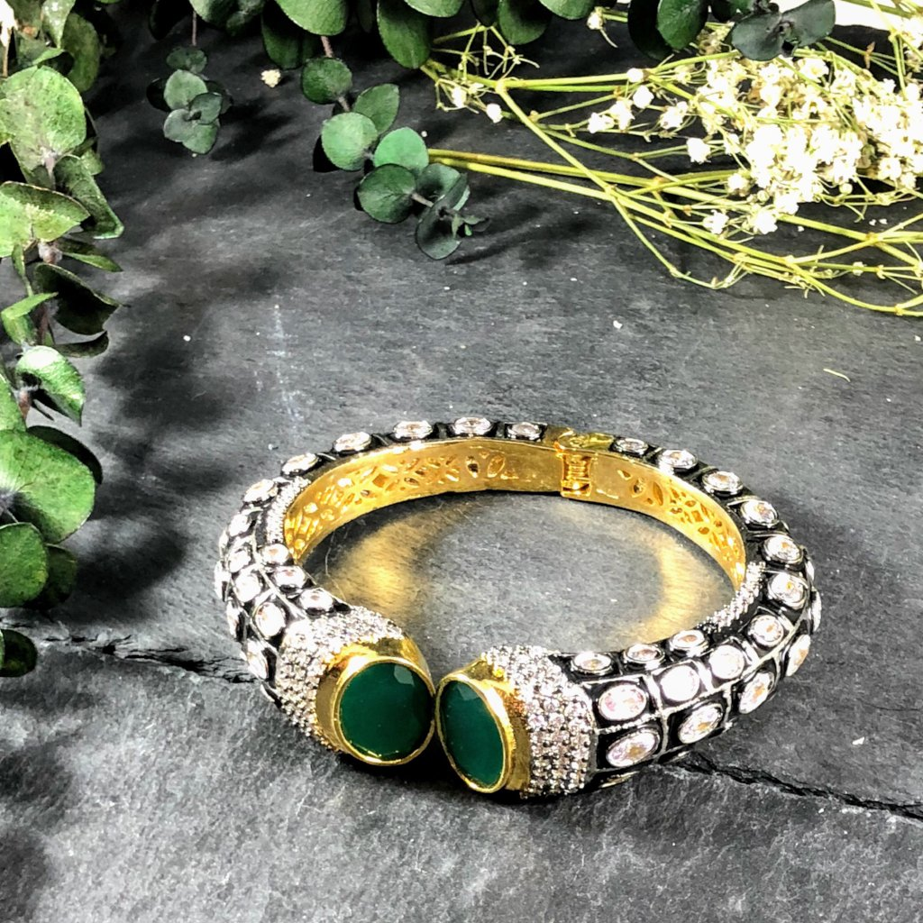 OP101B TIGER BRACELET OXIDISED GREEN