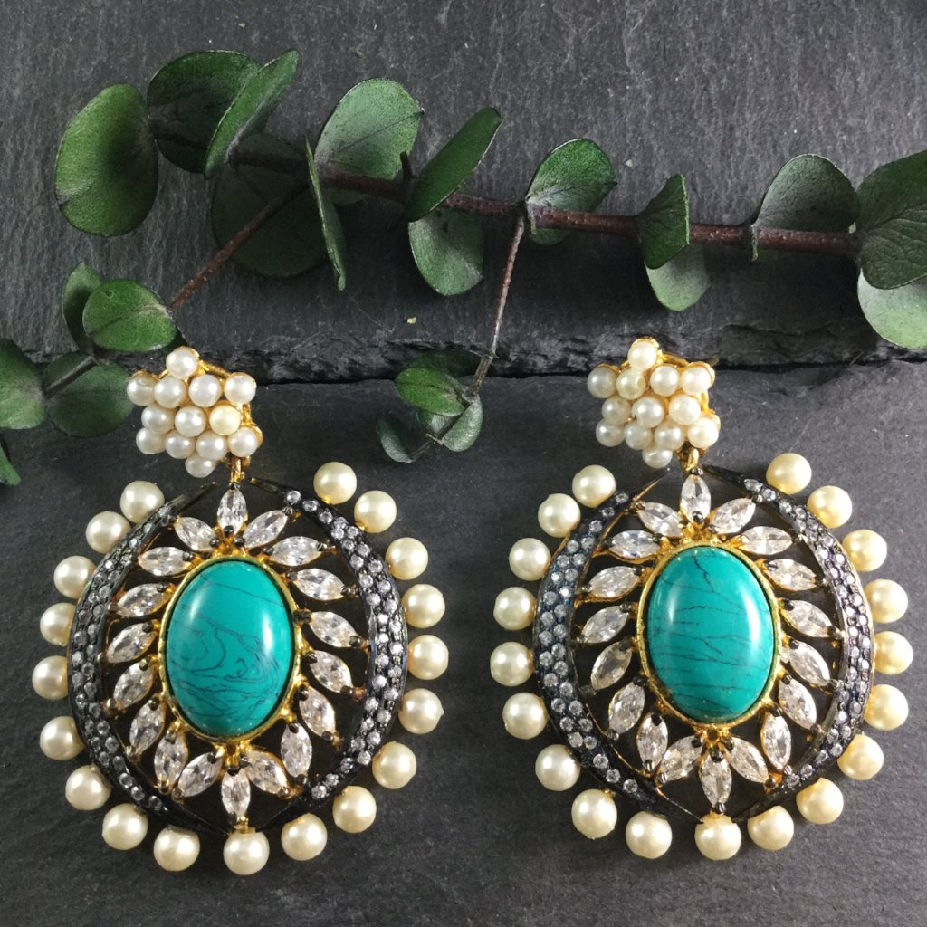 SG1826E TURQUOISE EARRINGS WITH CZ AND PEARLS