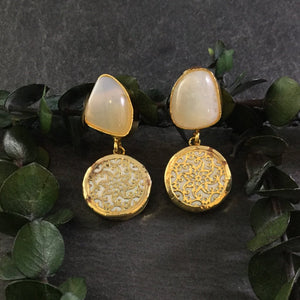 PP2800E WHITE MEENA AND AGATE EARRINGS