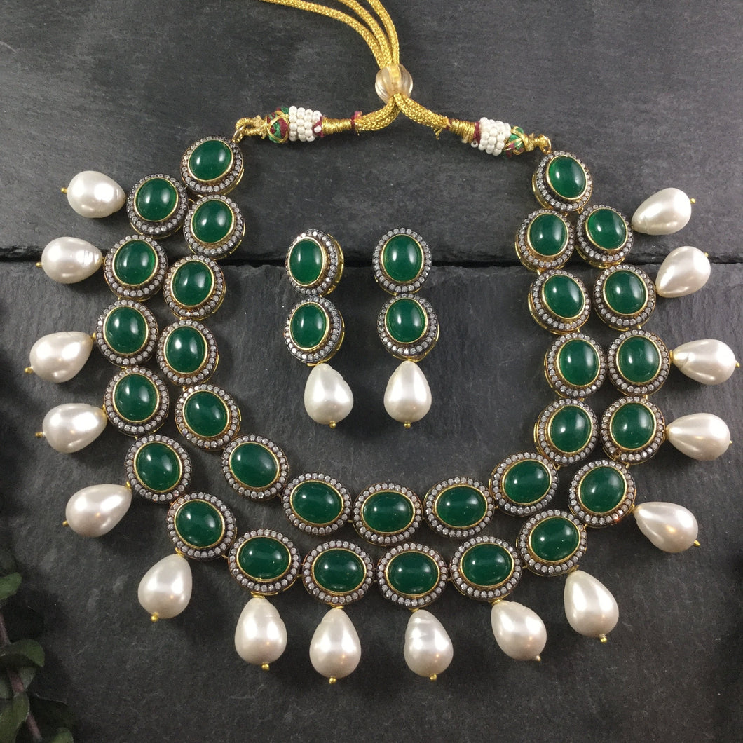 OP384 GLAMOUR 2 LINE SEMI PRECIOUS STONES WITH HANGING PEARLS GREEN