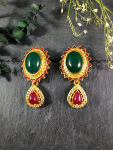 TD714E GOLD EARRINGS WITH RED AND GREEN STONES