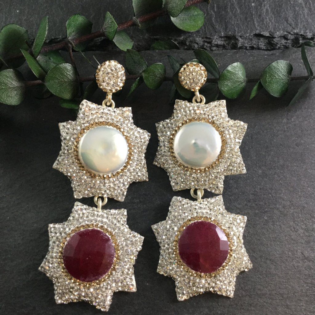 TD798E Pearl and Deep Red Star Shaped Earrings
