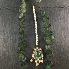 PP3390 LEGACY GREEN BRIDAL SET WITH PEARLS AND TIKKA
