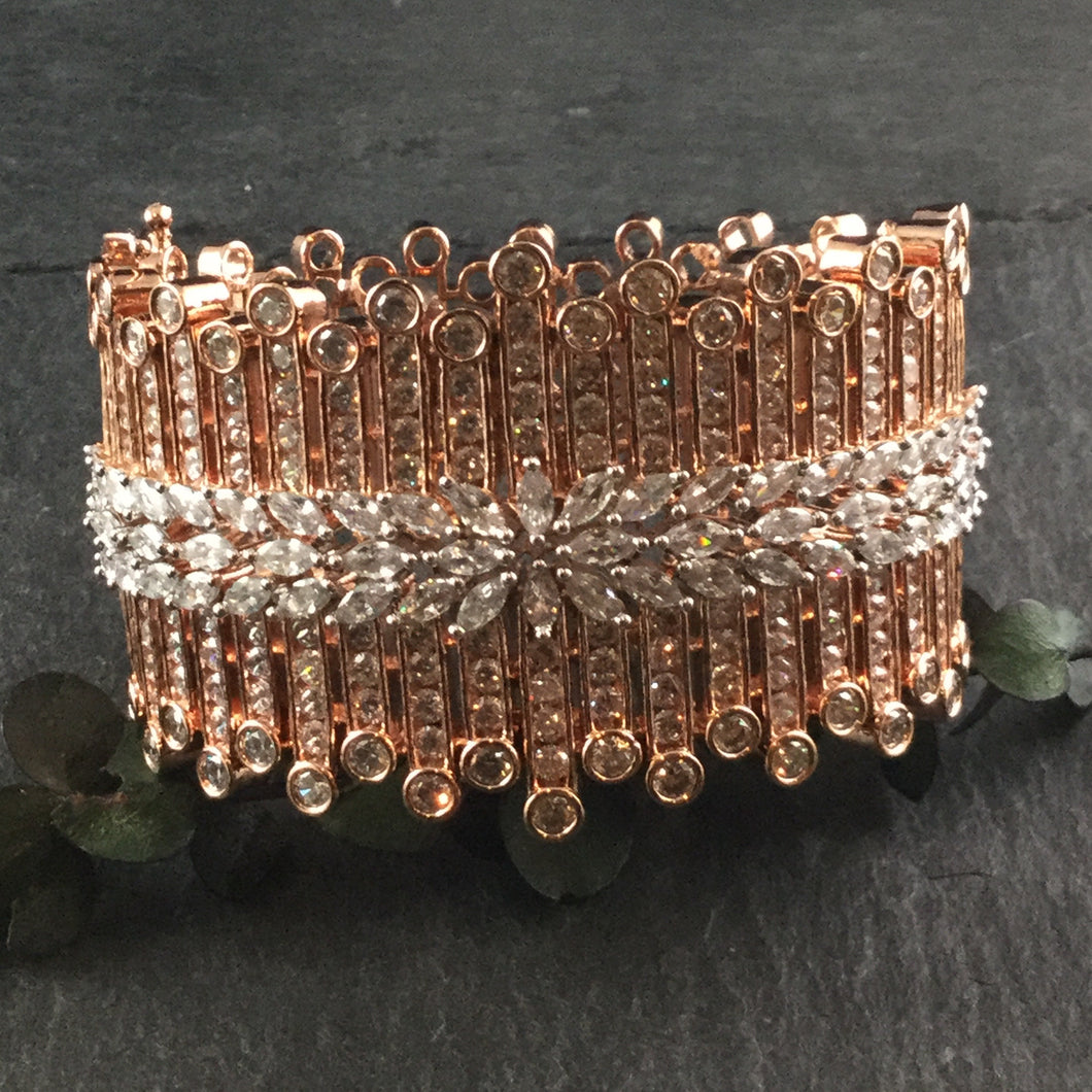 PP3405 BRACELET ROSE GOLD AND DIAMONDS WIDE WITH MULTI VERTICAL LINES
