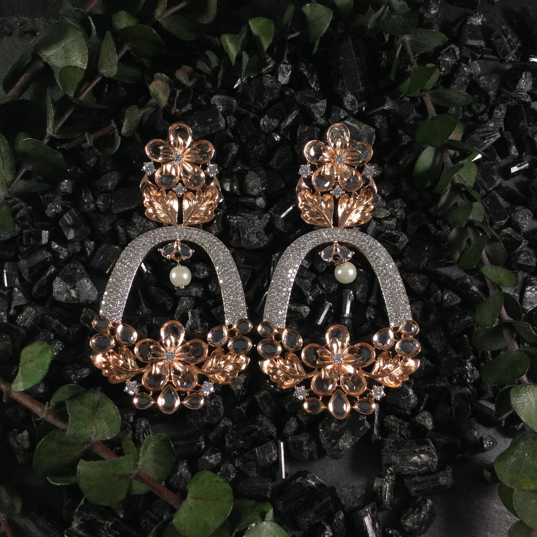 PP3174 EARRING FLOWER DIAMOND DROP EARRINGS