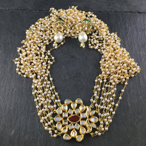 OP322 LEGACY LAYERED TINY PEARL SET SIDE KUNDAN PENDANT