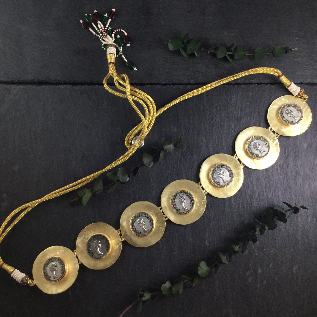 SG2458 GLAMOUR GOLD CHOKER WITH COIN