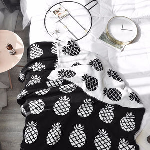 Black and white Pineapple Blanket - Just Kidding Store