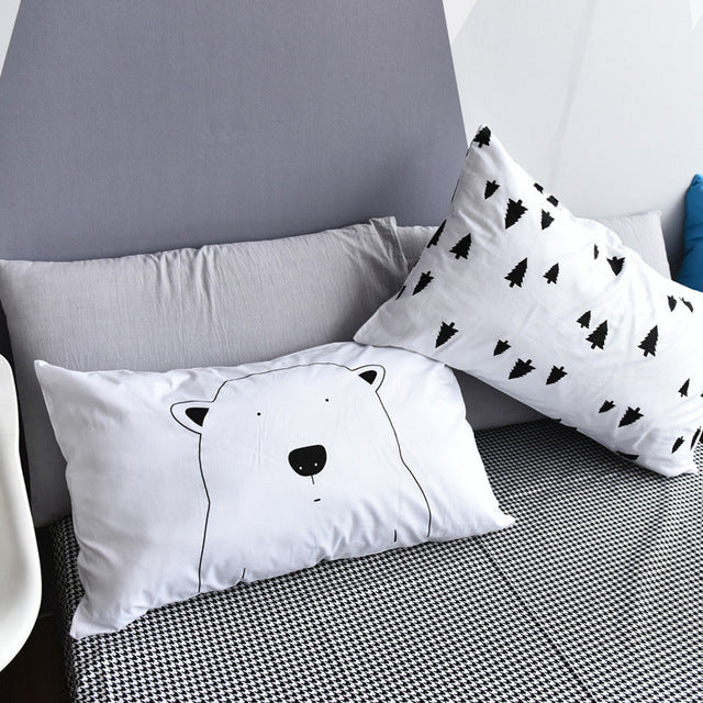 The Big Bear In The Forest Nordic Pillowcase Set - Just Kidding Store