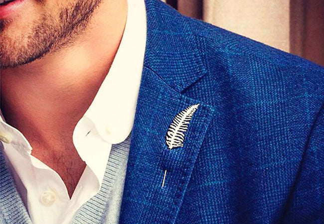 How to Style Brooches and Lapel Pins