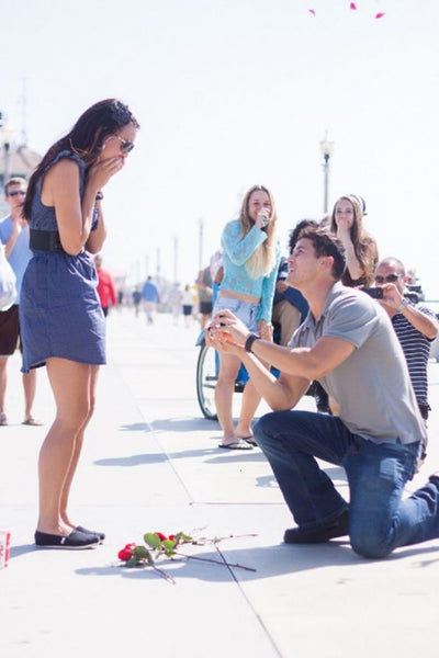 Proposal in a public place