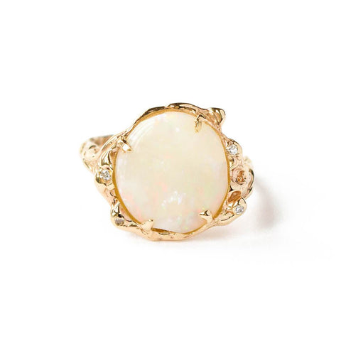 9kt Yellow Gold Opal & Diamond Ring