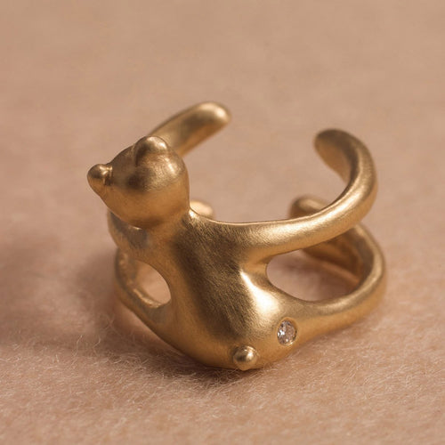 18kt Gold Hug Bear Ring-Rings-ileava jewelry-JewelStreet