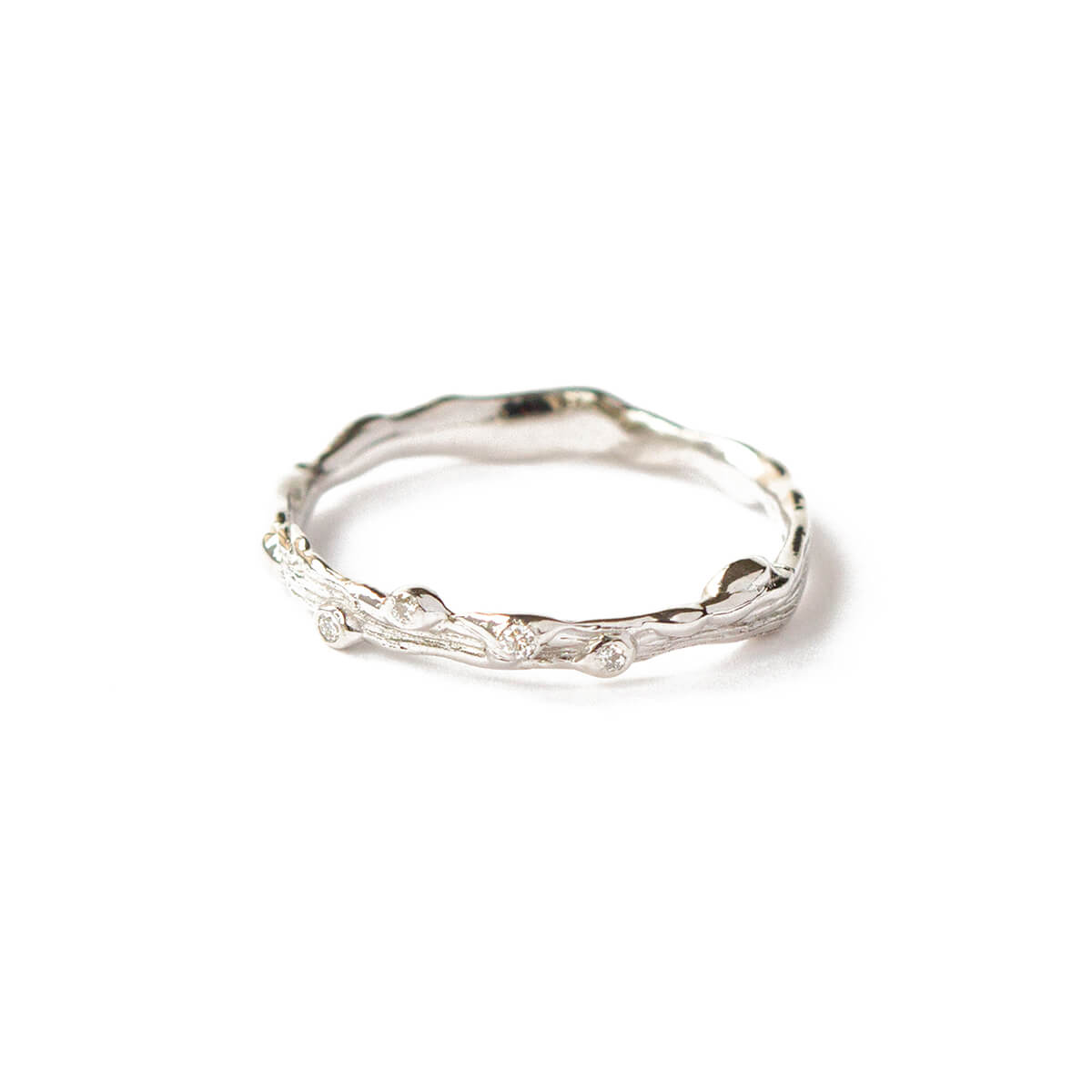 9kt White Gold Twig Ring With White Diamonds