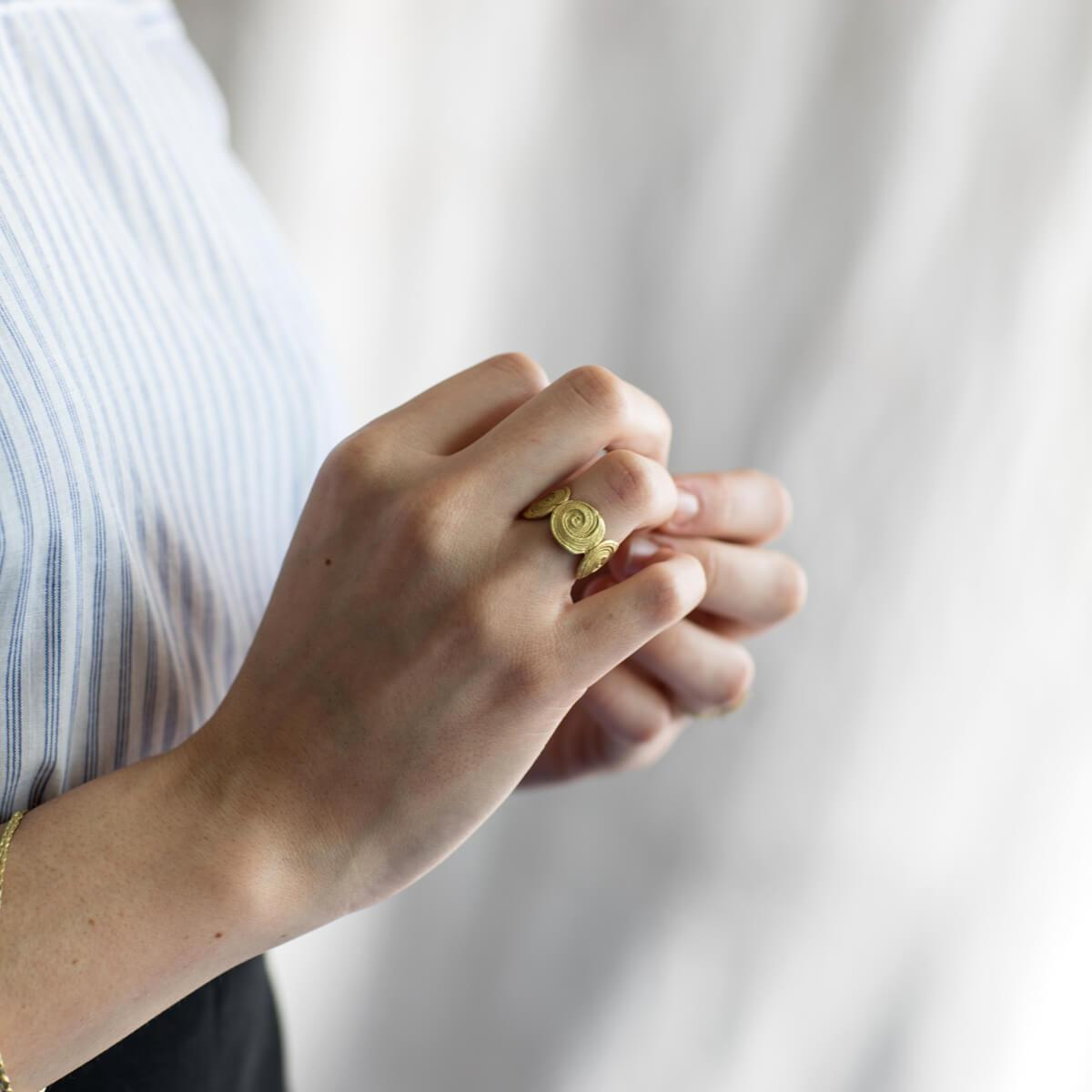 18kt Yellow Gold Derya Ring ,[product vendor],JewelStreet
