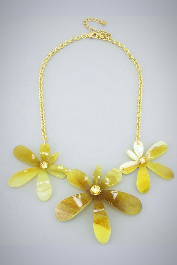 Trifecta Flower Necklace