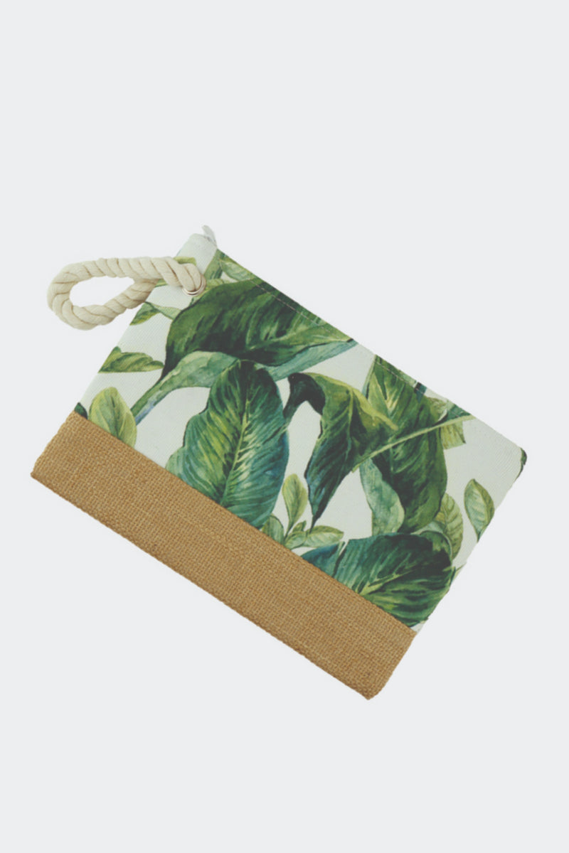 palm leaf wristlet, palm leaf clutch, palm leaf pouch, palm leaf make up pouch, palm leaf holder, wristlet, rope wristlet, rope hamdle green leaf, palm bag