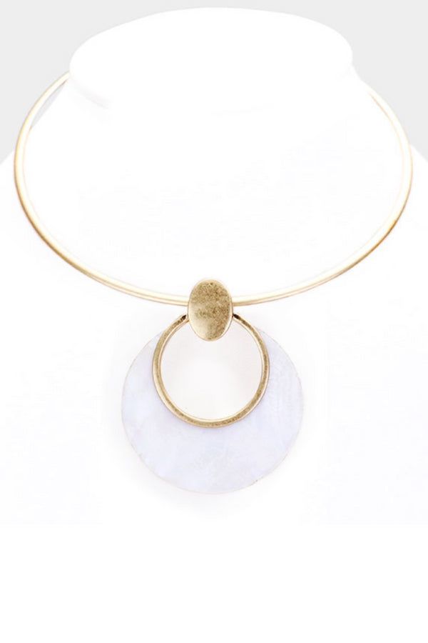 Geometric Pearl Necklace