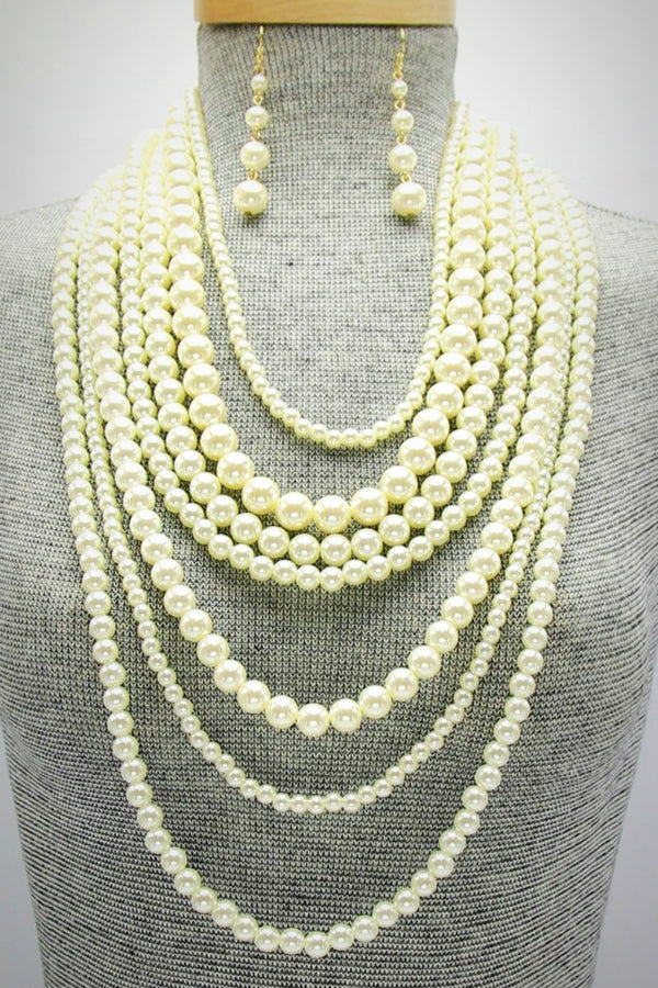 Pearls Pearls Pearls Necklace