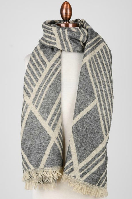 Diamond Lines Gray Scarf