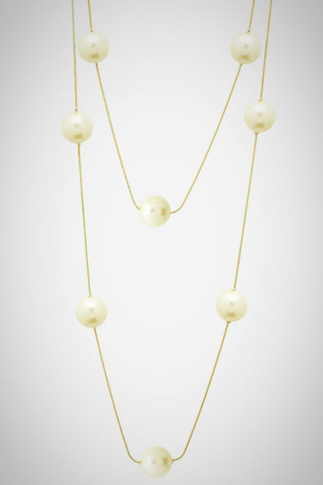 Classic Pearl and Gold Necklace