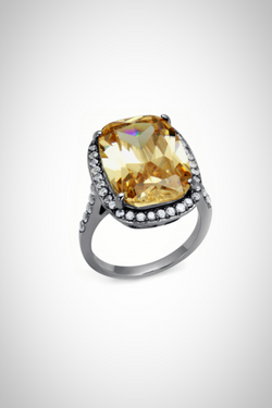 Glass of Champagne Ring - Embellish Your Life