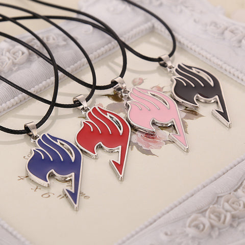 Fairy Tail logo pendant necklace 4 Color Cosplay Anime Alloy Necklace Charm Pendant Movie Jewelry For Men and Women
