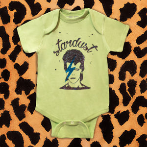fd152308f DAVID BOWIE 'STARDUST' KIDS ONESIE (GREEN) – I NEED MORE
