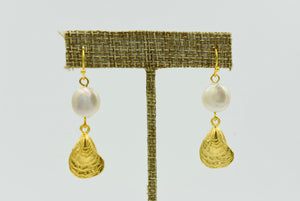 Oyster & Pearl Earring