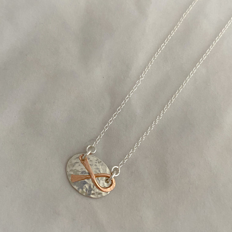 Oval with overlay Ribbon Necklace